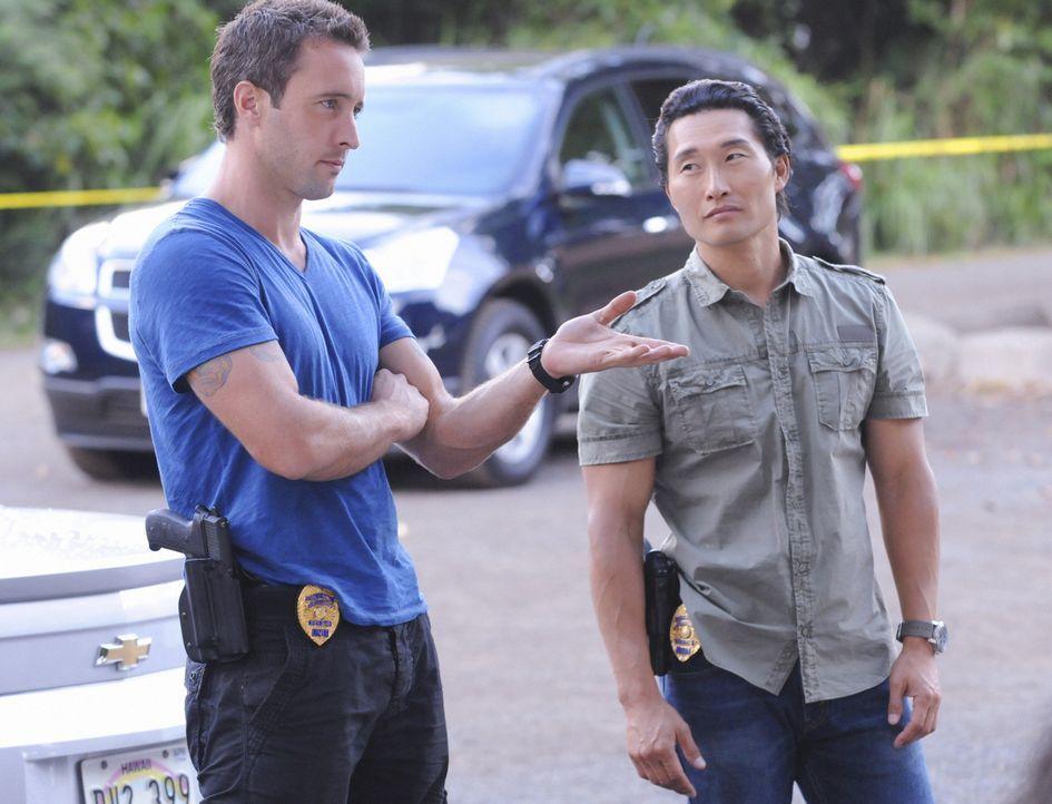 Ein neuer Fall beschäftigt: Steve (Alex O'Loughlin, l.) und Chin (Daniel Dae Kim, r.) ... - Bildquelle: TM &   CBS Studios Inc. All Rights Reserved.