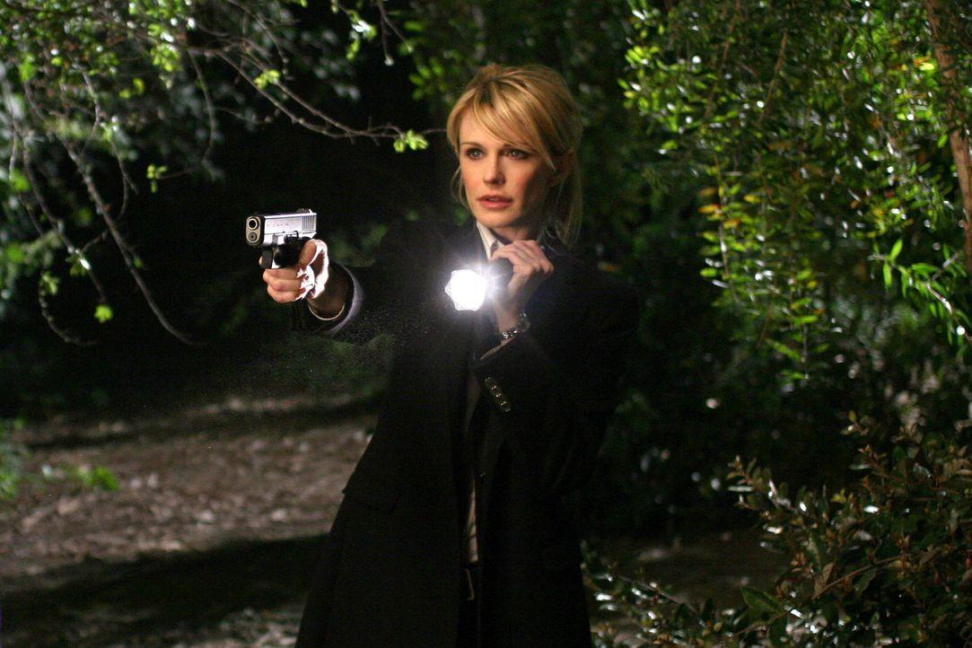 Kein Opfer ist je vergessen: Lilly (Kathryn Morris) und ihr Team versuchen einen neuen Fall zu lösen ... - Bildquelle: Warner Bros. Television