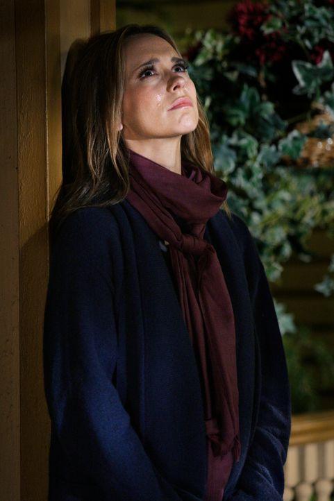 Melindas (Jennifer Love Hewitt, l.) Trauer um Jim ist so groß, dass sie ihre Gabe, Geister zu sehen, kurzzeitig verloren hat. - Bildquelle: ABC Studios