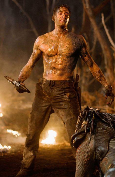 Der Ex-Soldat Royce (Adrien Brody) wird von der Erde entführt und auf einem Planeten ausgesetzt, der das Jagdrevier der Predatoren ist. Ein knallhar... - Bildquelle: 2010 Twentieth Century Fox Film Corporation. All rights reserved.
