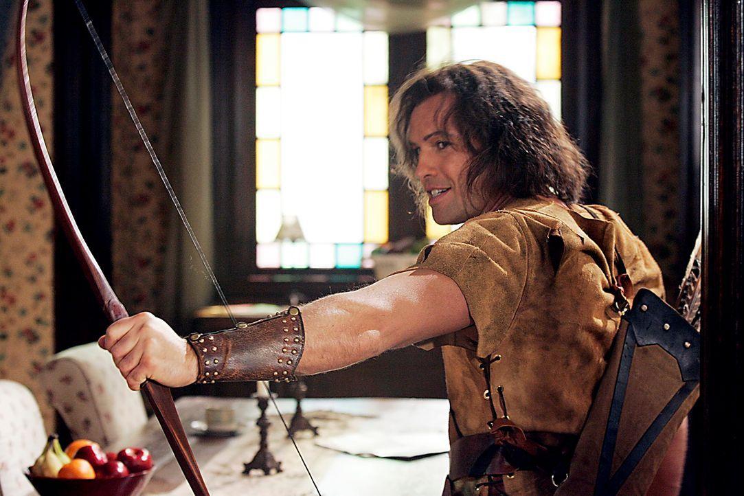 Nach einem nicht vollendeten Zauberspruch ist Drake (Billy Zane) davon überzeugt, dass er Robin Hood ist ... - Bildquelle: Paramount Pictures