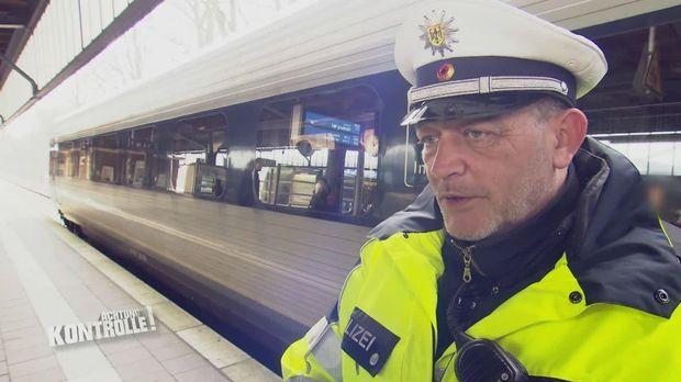 Achtung Kontrolle - Achtung Kontrolle! - Thema U.a.: Zug- Und Bahnhofskontrolle - Bundespolizei Flensburg