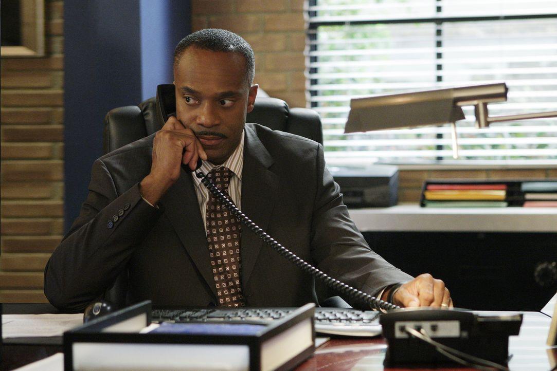 Ein Petty-Officier ist ermordet worden. Gibbs beginnt zu ermitteln und schon bald deckt er unglaubliche Zusammenhänge zwischen dem Mord an dem Petty... - Bildquelle: CBS Television