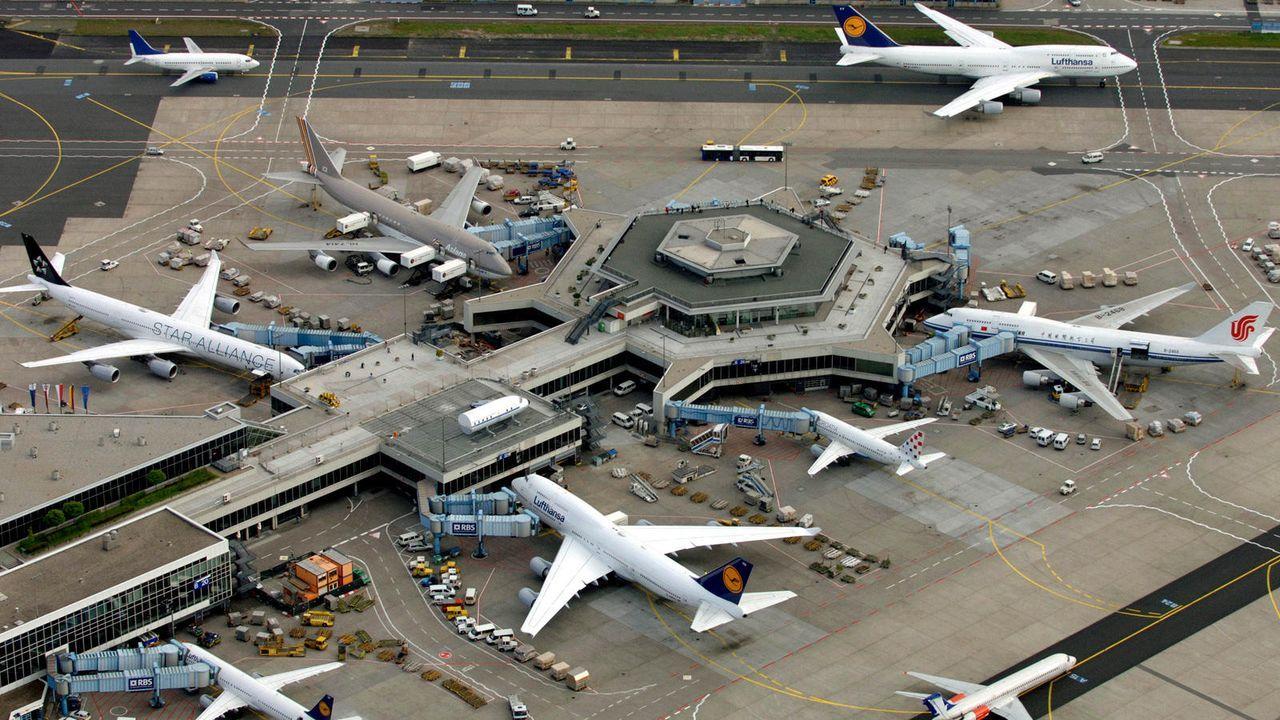 Der Frankfurter Flughafen - Bildquelle: dpa / Boris Roessler