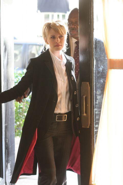 Sind Det. Lilly Rush (Kathryn Morris, l.) und Det. Will Jeffries (Thom Barry, r.) auf der richtigen Spur? - Bildquelle: Warner Bros. Television