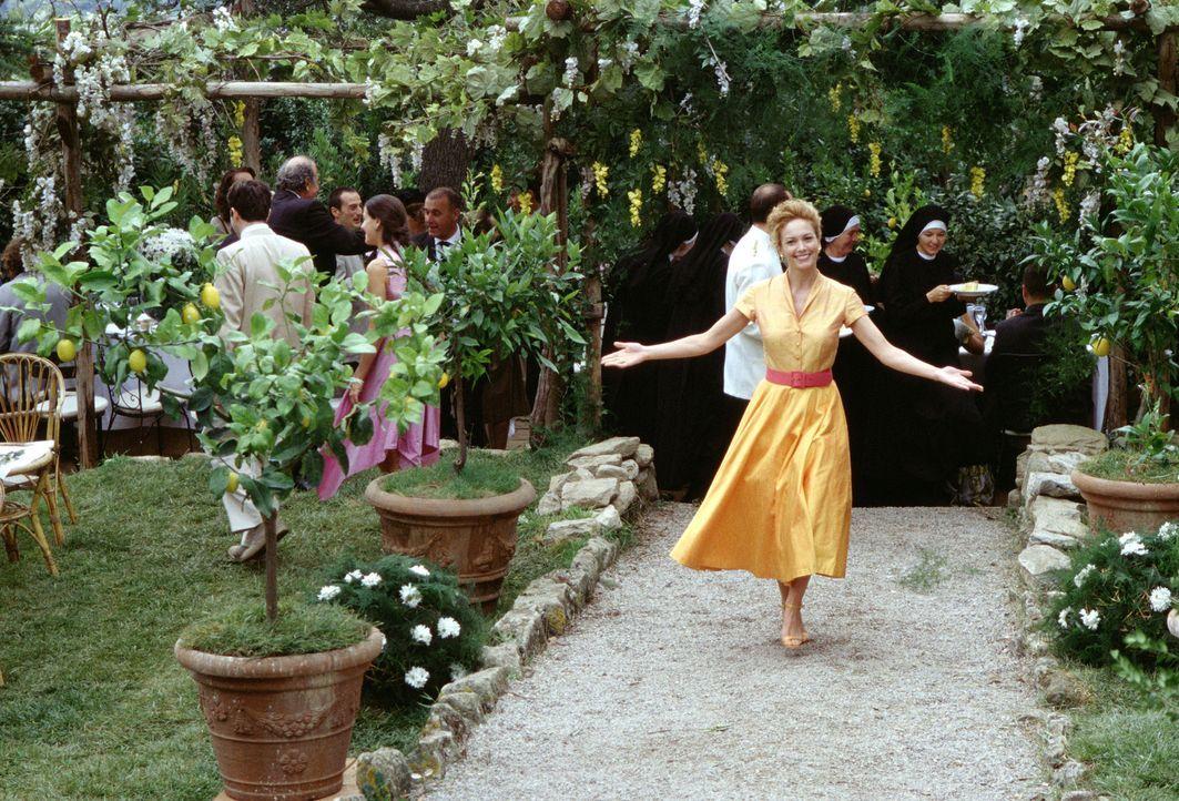 Als Frances (Diane Lane) sich im Italienurlaub in eine Uraltvilla verliebt, bleibt sie in dem Land, wo die Zitronen blühen ... - Bildquelle: Buena Vista International Inc.