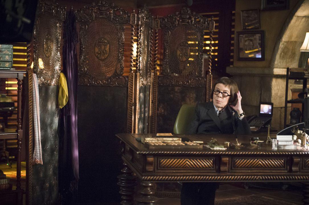 Hat eine ganz besondere Aufgabe für Kensi und Deeks: Hetty (Linda Hunt) ... - Bildquelle: Neil Jacobs 2015 CBS Broadcasting, Inc. All Rights Reserved.