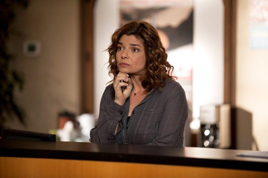 Hat Miriam Gottlieb (Laura San Giacomo) etwas mit dem Serienmörder Red John zu tun? - Bildquelle: Warner Brothers Entertainment Inc.
