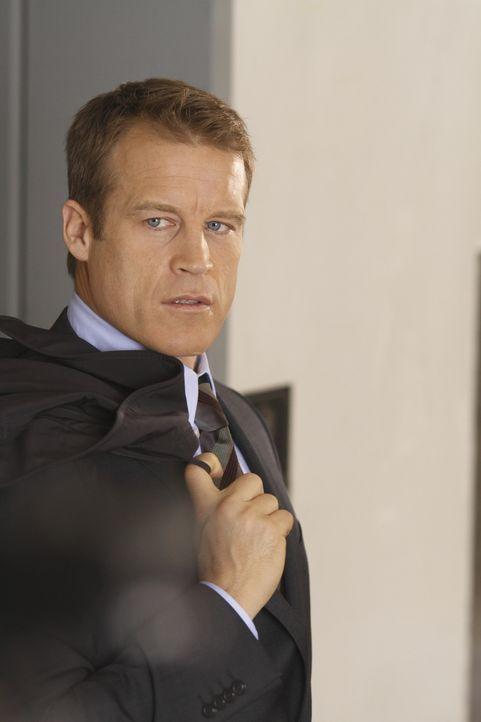 Ein neuer Auftrag wartet auf den außergewöhnlichen Bodyguard: Christopher Chance (Mark Valley) ... - Bildquelle: Warner Brothers