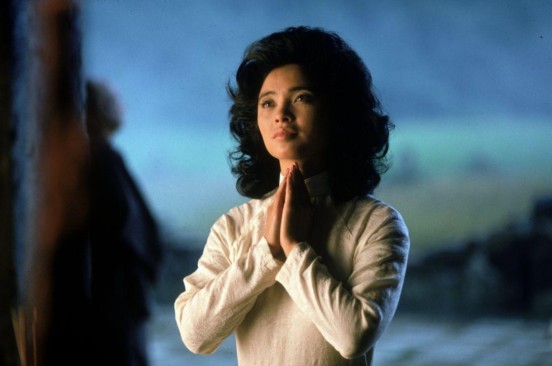 Betet für ein besseres Leben: Le Ly (Hiep Thi Le) - Bildquelle: Warner Bros.