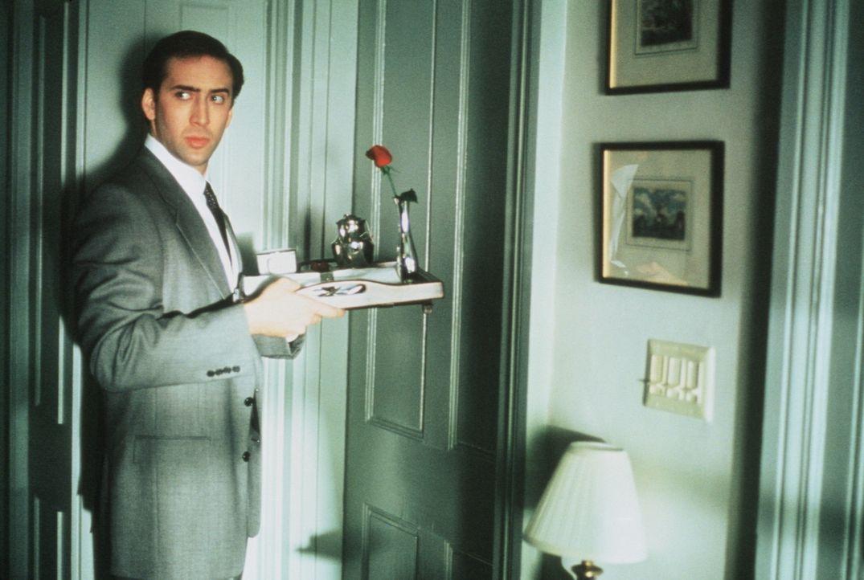 Als Bodyguard der Ex-First Lady muss Doug (Nicolas Cage) auch andere Aufgaben erfüllen, als die alte Dame zu beschützen ... - Bildquelle: TriStar Pictures