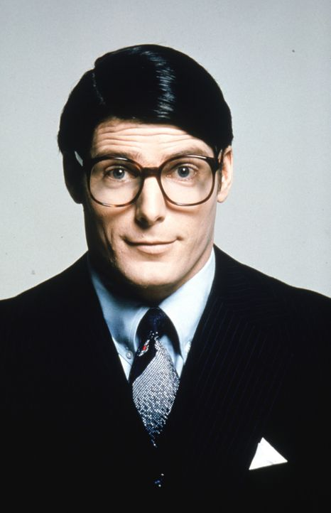 Clark Kent (Christopher Reeve) - Bildquelle: DC Comics.   1978 Warner Bros. Entertainment Inc. All rights reserved.