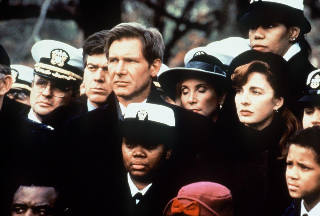 Der Industrielle Harding, ein enger Freund des US-Präsidenten, und seine Familie wurden vom Kali-Kartell brutal hingerichtet. CIA-Agent Jack Ryan (... - Bildquelle: Paramount Pictures