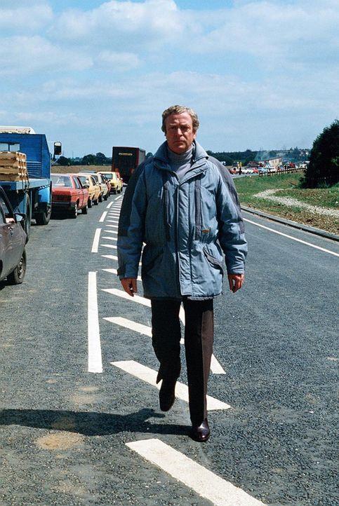 Der erfahrene Antiterrorexperte Preston (Michael Caine) ist einer äußerst heiklen Sache auf der Spur ... - Bildquelle: Lorimar