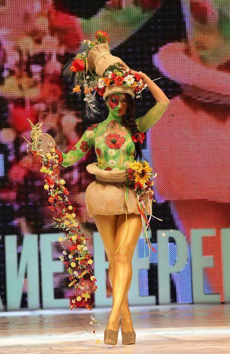 Festival-of-Beauty-(6)-14-02-22-SIPA-WENN-com - Bildquelle: SIPA/WENN.com