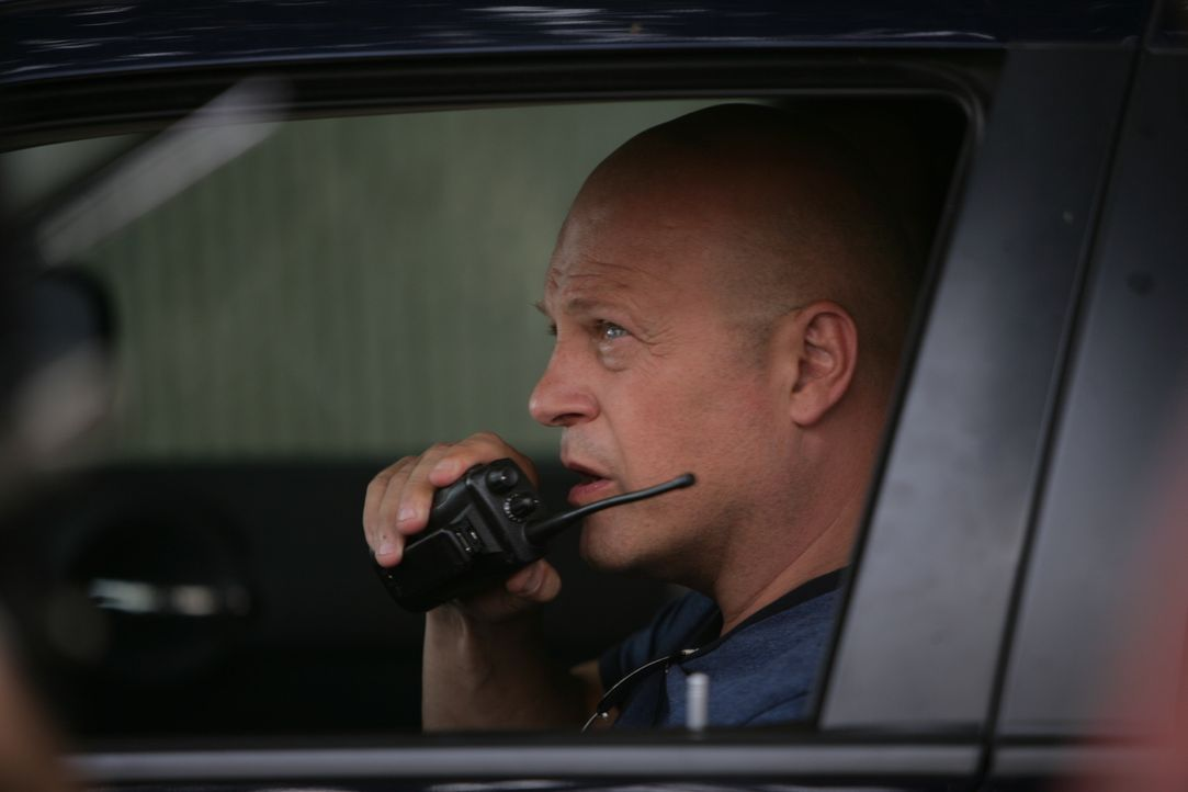 Die Entführung der Tochter eines kubanischen Drogenzars bringt die Überwachung der Polizei durcheinander. Findet Mackey (Michael Chiklis) eine Lösun... - Bildquelle: 2007 Twentieth Century Fox Film Corporation. All Rights Reserved.