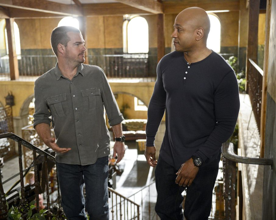 Ermitteln in einem neuen Fall: Sam (LL Cool J, r.) und Callen (Chris O'Donnell, l.) ... - Bildquelle: CBS Studios Inc. All Rights Reserved.