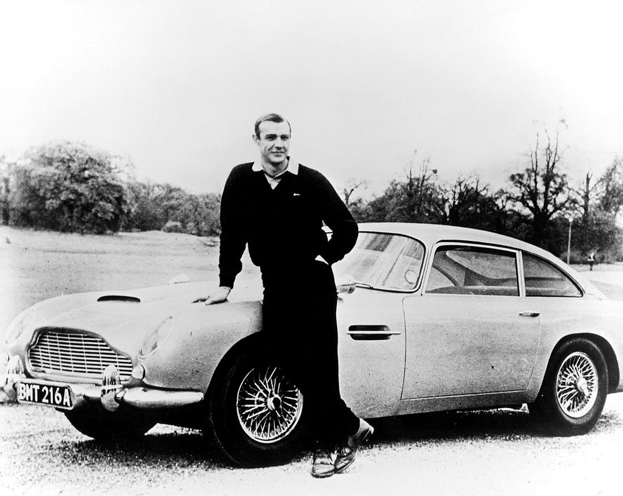 Goldfinger: Aston Martin DB5 - Bildquelle: dpa