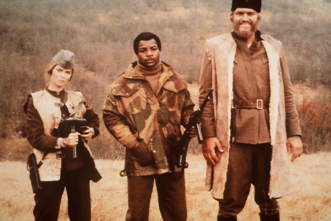 Partisanin Maritza (Barbara Bach, l.), Sgt. Weaver (Carl Weathers, M.) und Tschetnikführer Drazac (Richard Kiel, r.) haben durchaus nicht dieselben... - Bildquelle: Columbia Pictures