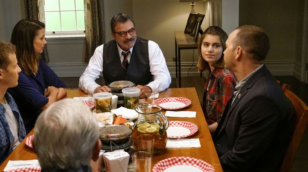 Blue Bloods - Blue Bloods - Staffel 8 Episode 1: Die Zeit Mit Linda