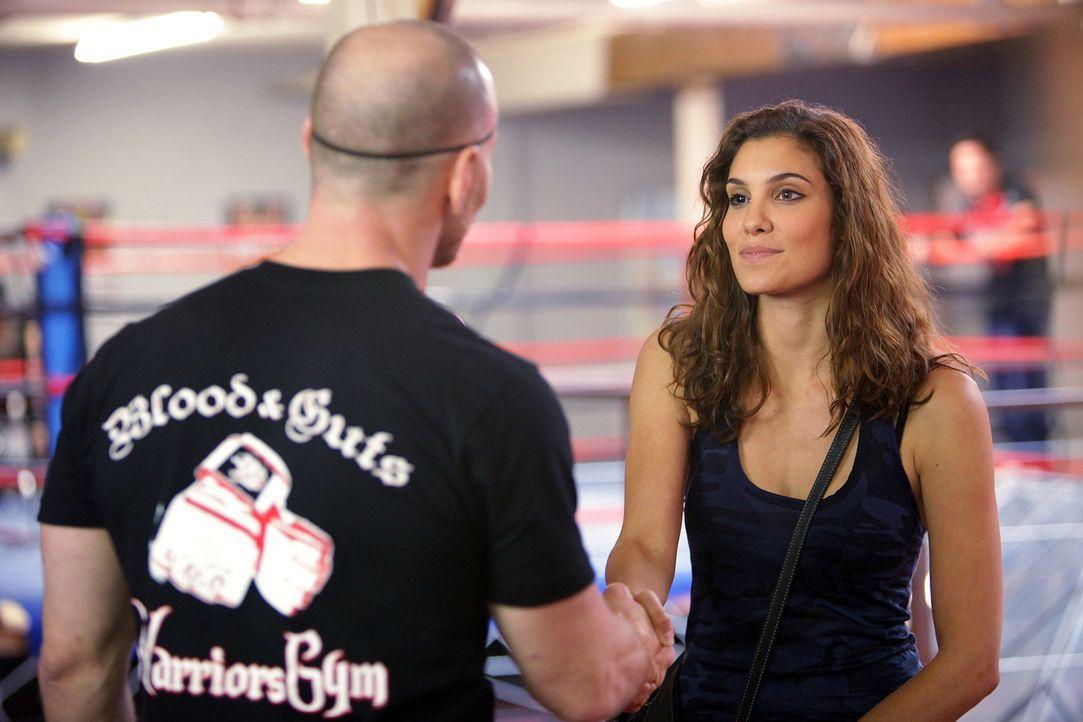 Ermittelt in einem Kampfsportcenter, um einen neuen Mordfall zu lösen: Special Agent Kensi Blye (Daniela Ruah) ... - Bildquelle: CBS Studios Inc. All Rights Reserved.