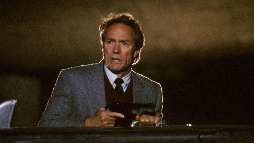 Dirty Harry V - Das Todesspiel - Bildquelle: 1988 Warner Bros. Entertainment Inc. All rights reserved.