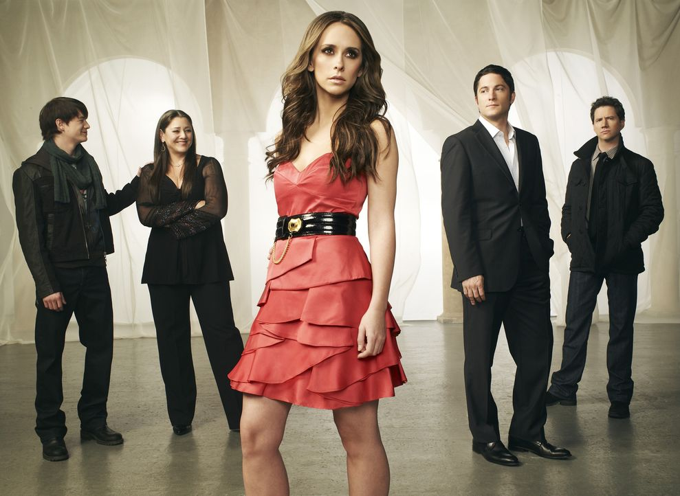 (5. Staffel) - Ned (Christoph Sanders, l.), Delia (Camryn Manheim, 2.v.l.), Eli (Jamie Kennedy, r.) und Jim (David Conrad, 2.v.r.) sind immer wieder... - Bildquelle: ABC Studios
