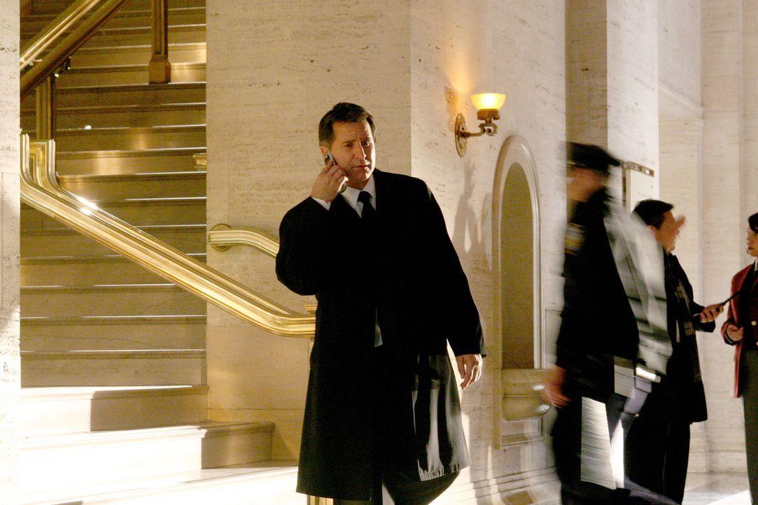 Auf der Suche nach einer Spur des Vermissten Ian Norville: Jack Malone (Anthony LaPaglia) ... - Bildquelle: Warner Bros. Entertainment Inc.