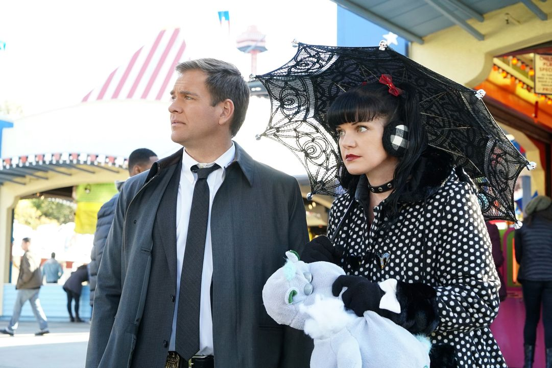 Bei einem neuen Fall bekommen es Abby (Pauley Perrette, r.) und Tony (Michael Weatherly, l.) mit einem Bekannten zu tun ... - Bildquelle: Bill Inoshita 2015 CBS Broadcasting, Inc. All Rights Reserved / Bill Inoshita