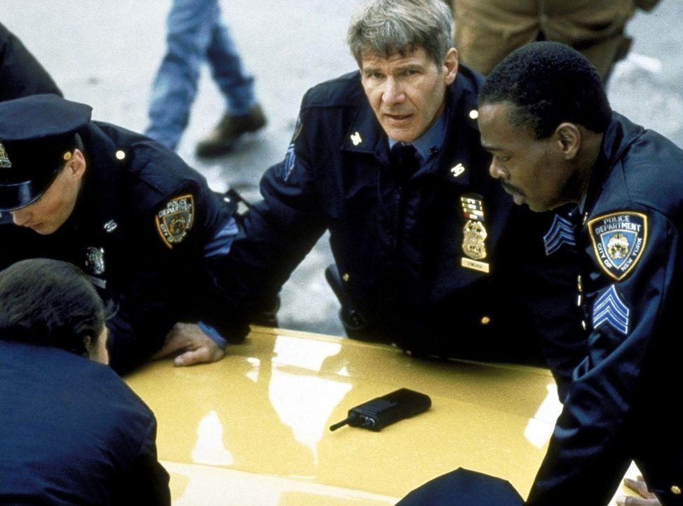 Schon bald kollidiert Francis' Auftrag, für die IRA in Amerika schwere Waffen zu organisieren, mit der Polizeiarbeit seines Gastgebers Tom (Harriso... - Bildquelle: Columbia TriStar