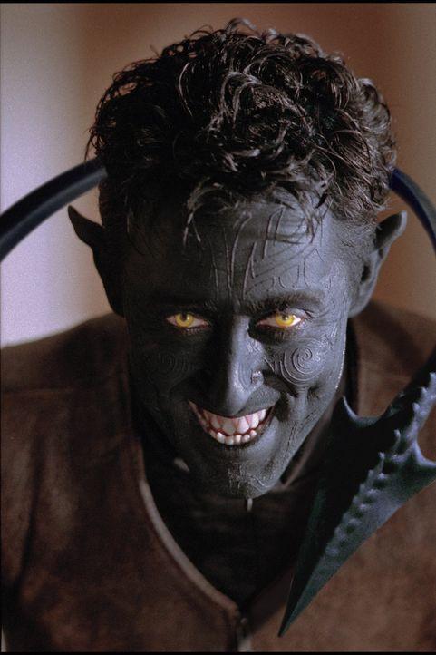 Der Nightcrawler (Alan Cumming) ist ein mit der Fähigkeit zur Teleportation ausgestatteter Mutant. Er hat den Auftrag, ins Weiße Haus einzudringen,... - Bildquelle: 20th Century Fox International Television