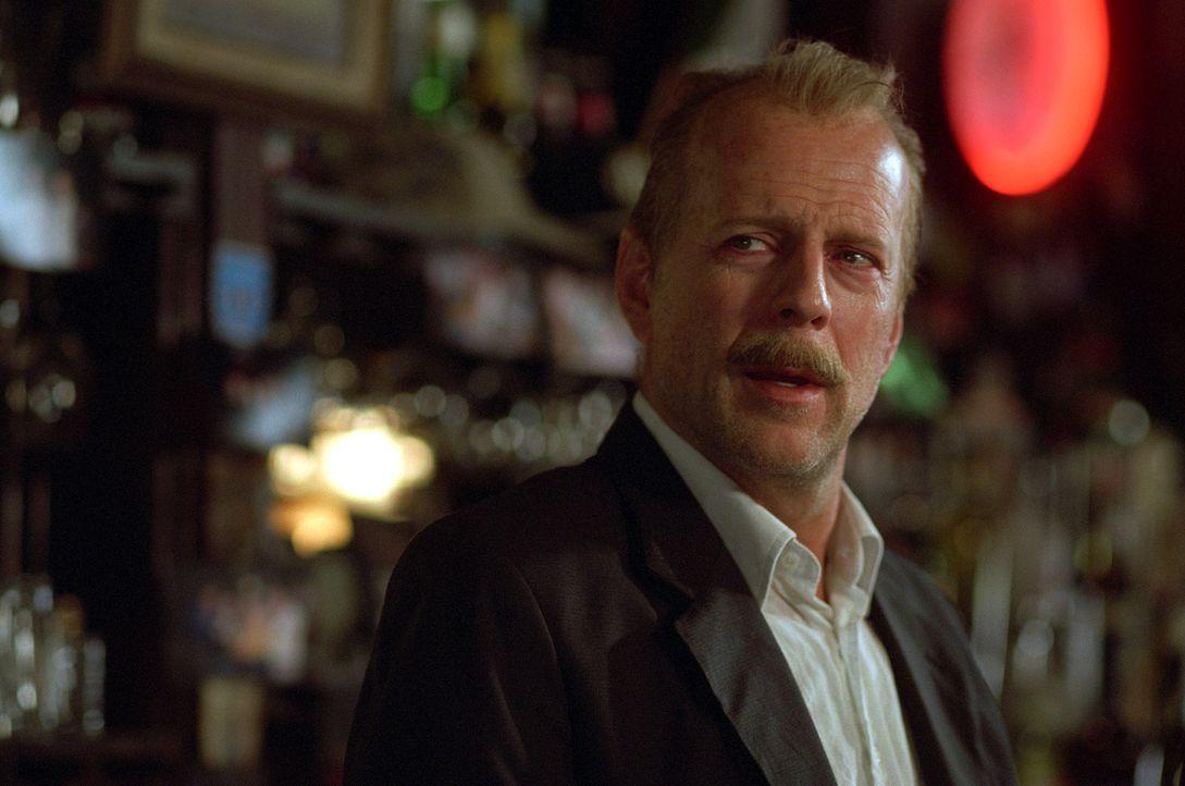 Jack Mosley (Bruce Willis) ist ein Versager - er hat keine Kondition, dafür aber ein schlimmes Bein und erhebliche Alkoholprobleme. Im Revier versu... - Bildquelle: Nu Image