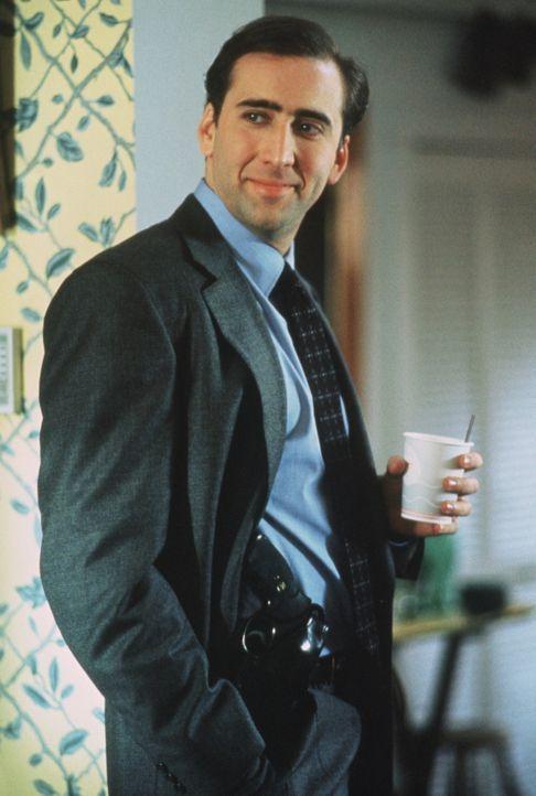 Doug Chesnic (Nicolas Cage) ist der Bodyguard der Ex-First Lady Tess Carlisle - ein nicht ganz leichter Job, denn die alte Dame ist ziemlich zickig... - Bildquelle: TriStar Pictures