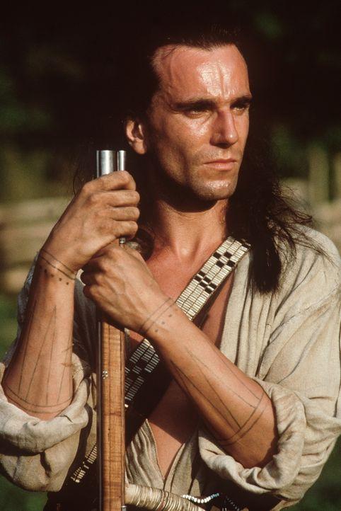Schon bald gerät Hawkeye (Daniel Day-Lewis), ein Indianer weißer Abstammung, zwischen die Fronten des French-Indian-War ... - Bildquelle: 20th Century Fox