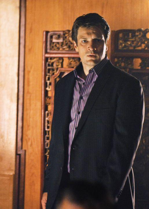 Um den russischen Mafioso zu überführen, begibt sich Richard Castle (Nathan Fillion) direkt in die Höhle des Löwen. - Bildquelle: ABC Studios