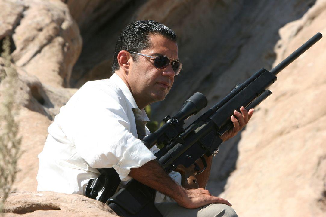 Auf einer heißen Spur: Cruz (Carlos Gomez) ... - Bildquelle: Warner Bros. Entertainment Inc.