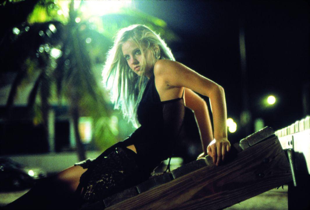 Als ihre Freundinnen vergewaltigt werden, will Heather (Kelli Garner) ihren Peiniger nur noch tot sehen ...