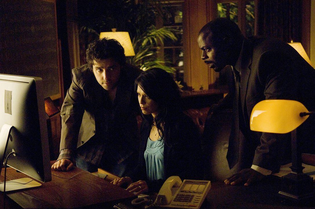 Jim Wilson, einer der Bankräuber, kann gefasst werden. Er bestreitet vehement, am Tod der Agenten Schuld zu sein. Charlie (David Krumholtz, l.) erst... - Bildquelle: Paramount Network Television