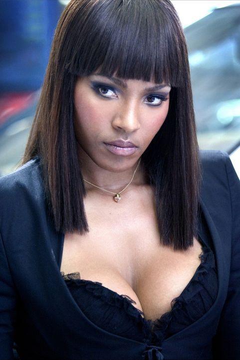 Lola Jackson (Nona Gaye)muss sich mit einem größenwahnsinnigen Minister herumärgern ... - Bildquelle: 2005 Revolution Studios Distribution Company, LLC. All Rights Reserved.