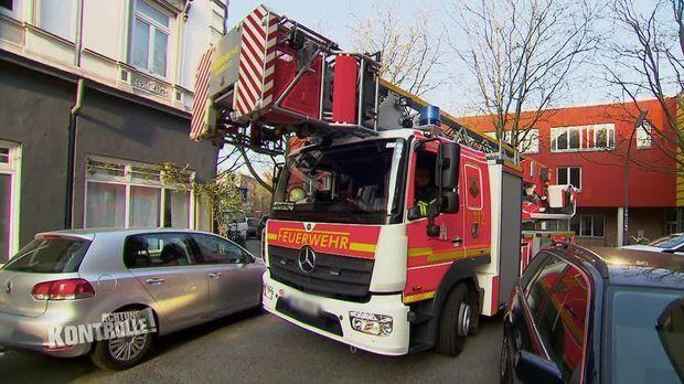 Achtung Kontrolle - Achtung Kontrolle! - Thema U.a.: Kein Platz Für Die Feuerwehr - Durchfahrtskontrolle Hamburg
