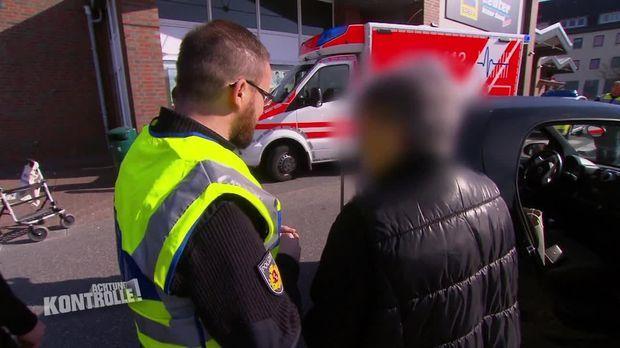Achtung Kontrolle - Achtung Kontrolle! - Thema U.a.: Erinnerungsverlust - Rettungssanitäter München