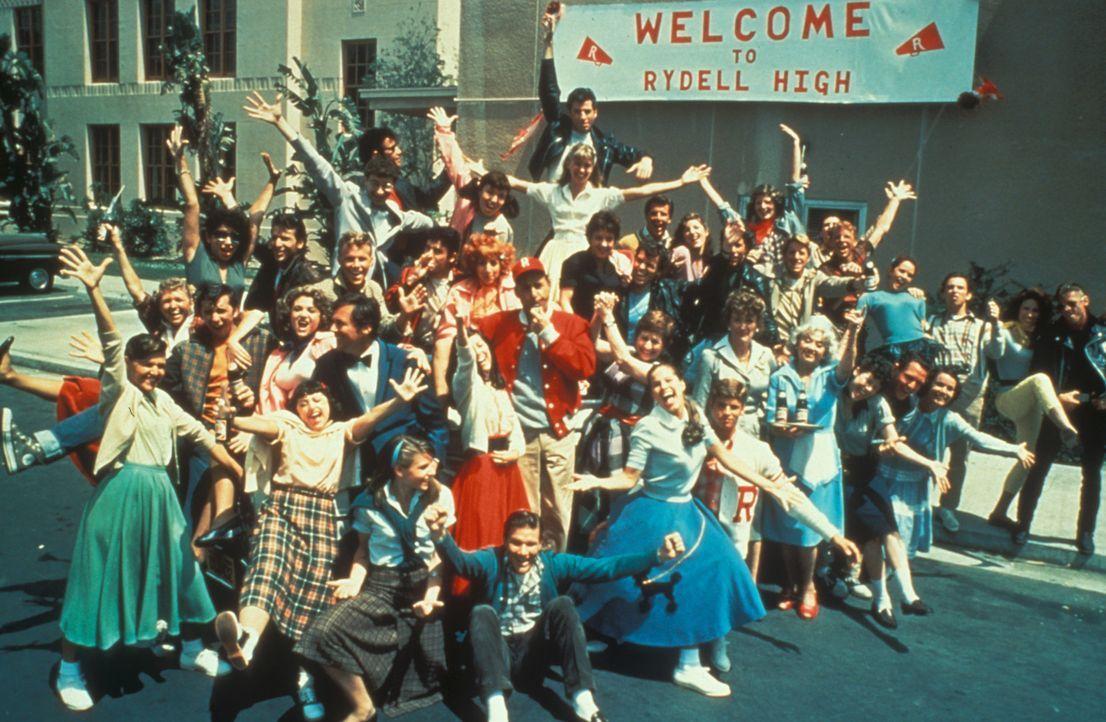 Nach den Sommerferien treffen sich alle in der Rydell High School wieder! - Bildquelle: Paramount Pictures