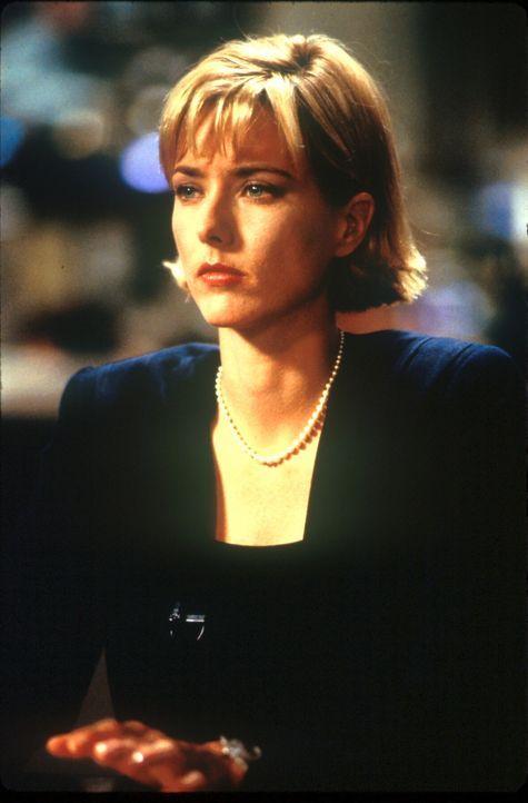 Der ehrgeizigen Nachrichtenreporterin Jenny Lerner (Téa Leoni) wird die Story ihres Lebens angeboten: Ein gewaltiger Komet bewegt sich auf die Erde... - Bildquelle: TM+  1998 DreamWorks L.L.C. and Paramount Pictures All Rights Reserved