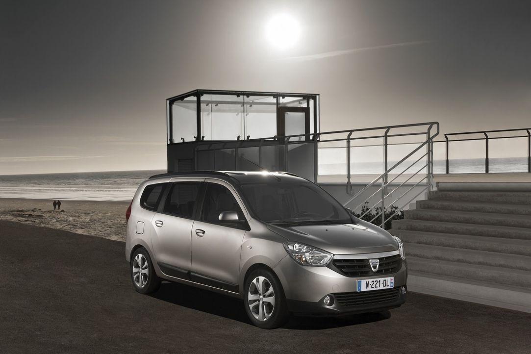 Raumwunder zum Preis eines Gebrauchtwagens: Mit dem Dacia Lodgy haben die Rumänen wieder mal die Revolution in der Geldbörse ausgerufen. - Bildquelle: kabel eins