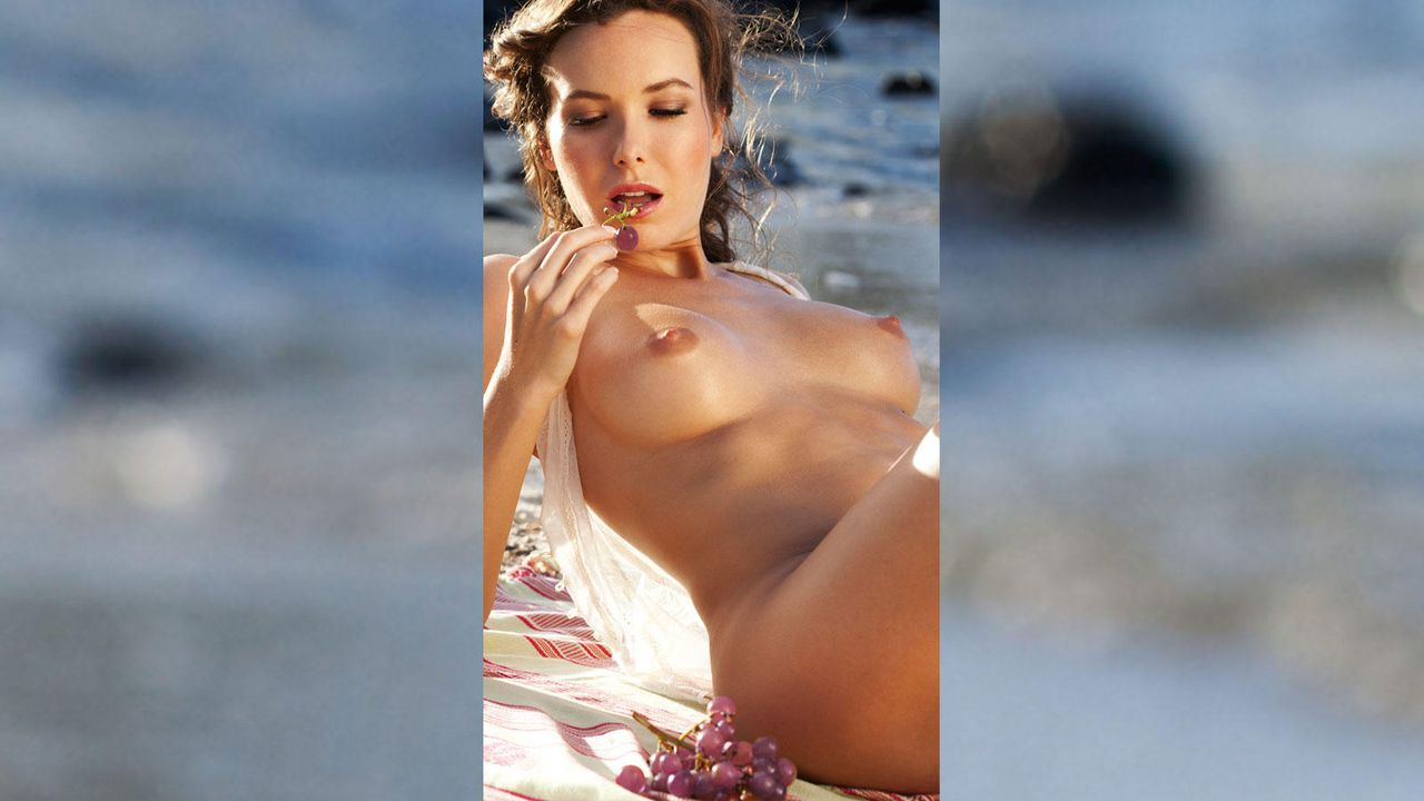 Tanja König - Bildquelle: Sascha Höchstetter für Playboy 05/2012