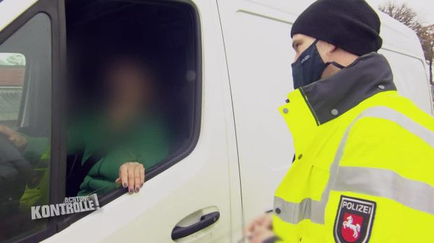 Achtung Kontrolle - Achtung Kontrolle! - Thema U.a.: Transporter Mit Zu Schwerer Ladung - Schwerlastkontrolle Rotenburg