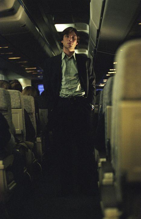 Die junge Hoteldirektorin Lisa Reisert gerät in 10.000 Metern Höhe an einen kaltblütigen Killer (Cillian Murphy), der einen hohen Politiker - den De... - Bildquelle: Telepool GmbH