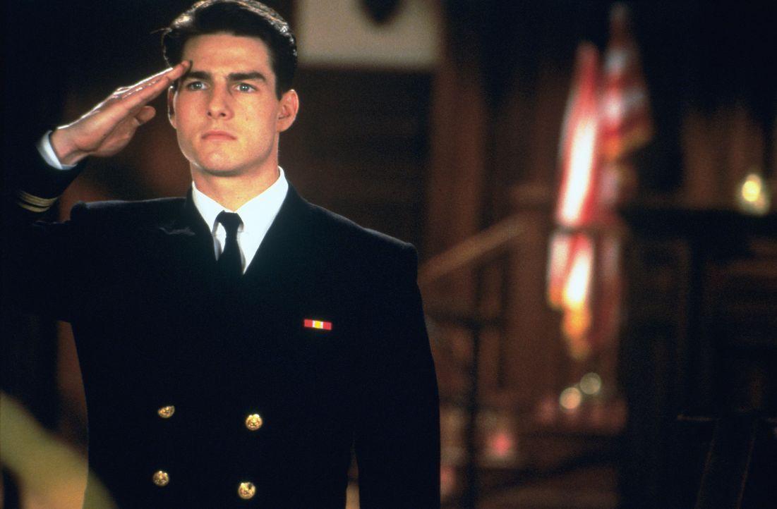 Sein Ehrgeiz ist geweckt: Lt. Daniel Kaffee (Tom Cruise) setzt alles daran, die beiden Soldaten hinter schwedische Gardinen zu bringen ... - Bildquelle: Columbia Pictures