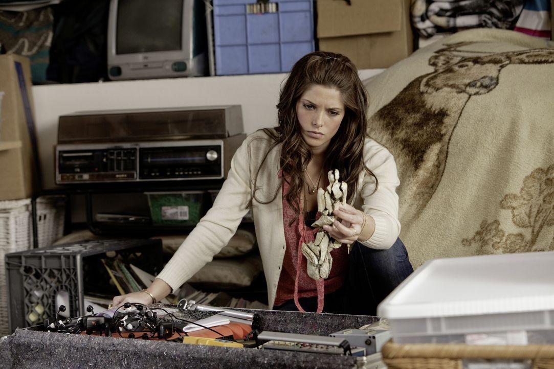 Beinahe zu spät erkennt Kelly (Ashley Greene), dass ihr Freund einst die Pforte zum Bösen geöffnet hat, die sich jetzt nicht mehr schließen lässt ..... - Bildquelle: 2012 Dark Castle Holdings, LLC.