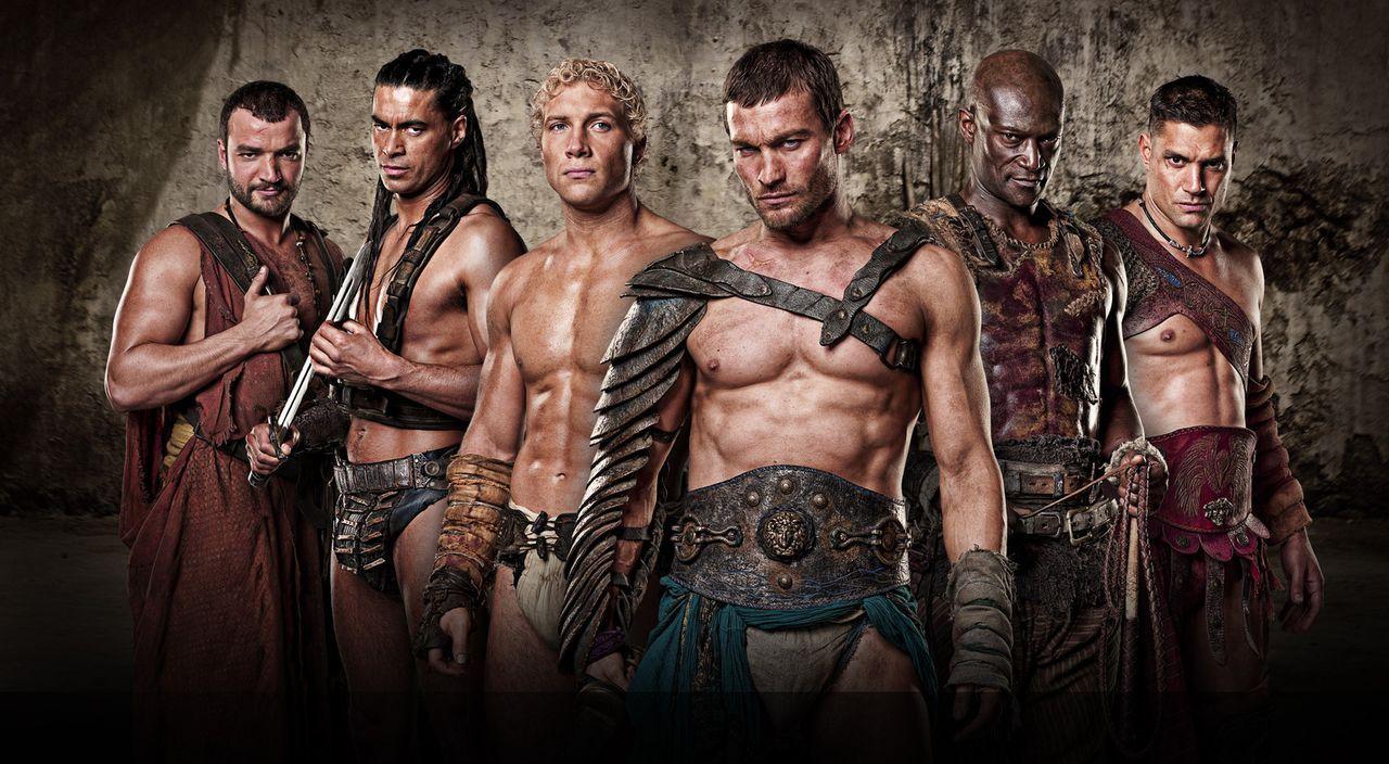 Die Gladiatoren: Ashur (Nick Tarabay), Barca (Antonio Te Maioha), Varro (Jai Courtney), Spartacus (Andy Whitfield), Drago (Peter Mensah) und Crixus... - Bildquelle: 2009 Starz Entertainment, LLC